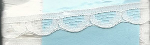 4190002 - Lace: White - Narrow