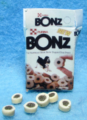 Dollhouse Miniature - FA11109 - Purina Bonz Dog Treat Box & 6 Treats