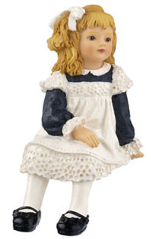 **DISCONTINUED** HW3092 - Tammy - Seated Girl
