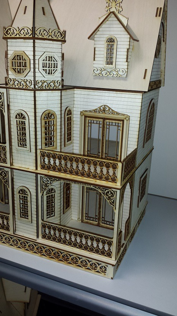 """Jasmine 1/2"""" Scale Front Right Porches"""