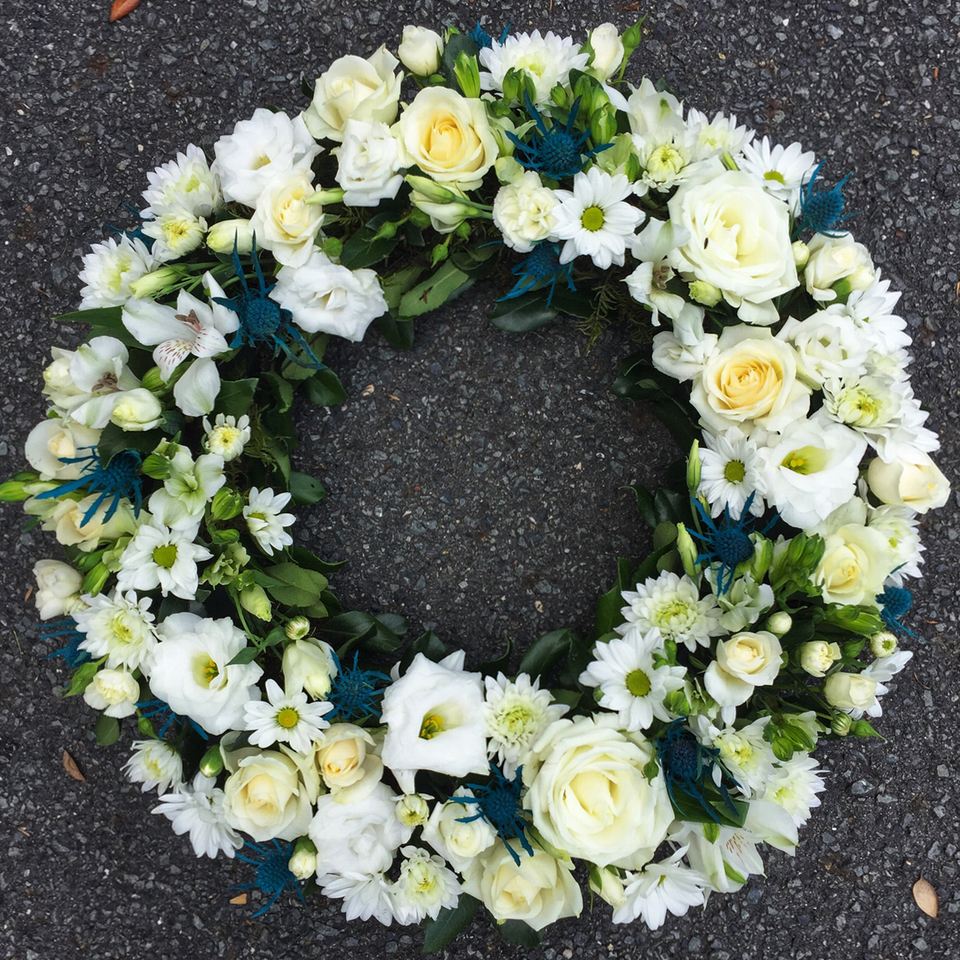 Floral wreath flowers at the door funeral wreath izmirmasajfo Image collections