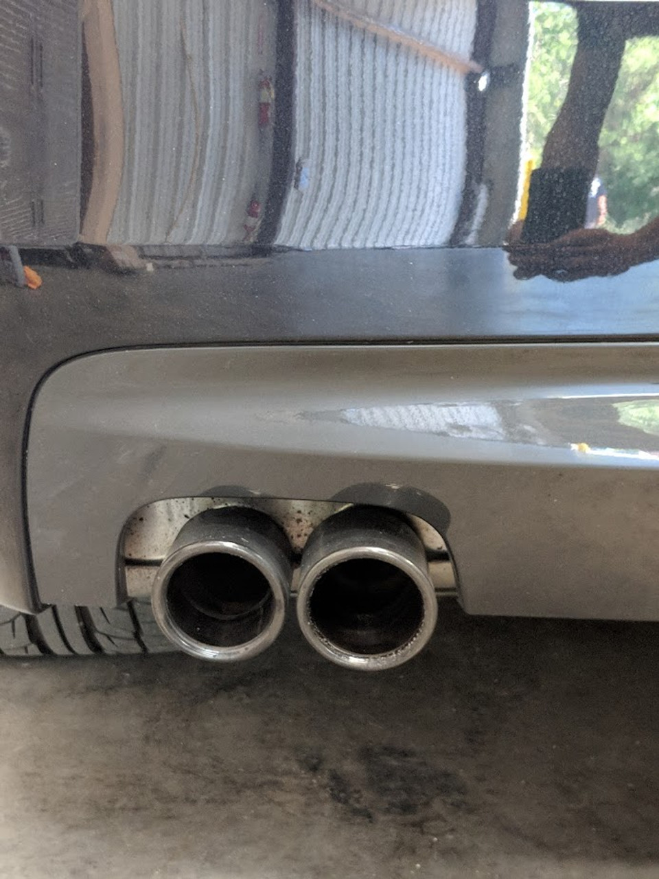 Factory Tips centered in rear diffuser
