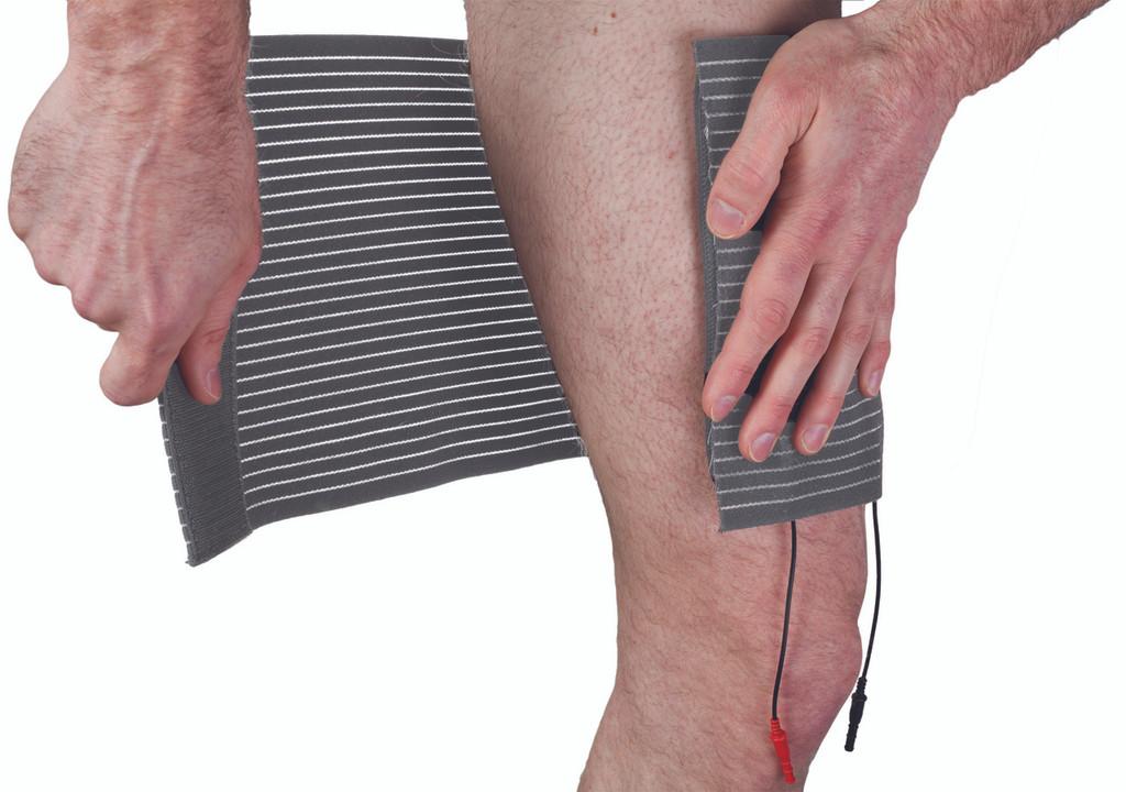 SarcoStim - Knee System (Quad Wrap W/ 4 By 7 Dual Pad) W/ 8oz Spray