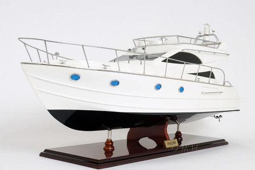 Viking Sport Cruiser Motor Yacht Model Power Boat