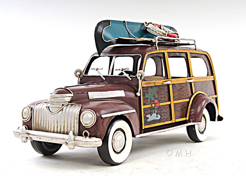 1947 Chevrolet Suburban Woody Metal Car Model