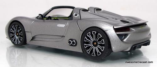 Minichamps 1:43 2011 Porsche 918 Spyder