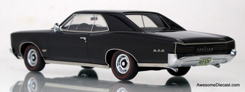 Neo 1:43 1966 Pontiac GTO Hardtop - Black