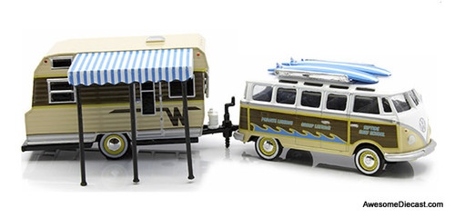Greenlight 1:64 1968 Volkswagen Samba Bus & 1964 Winnebago 216 Travel Trailer