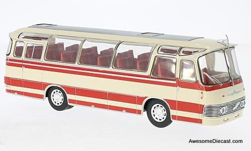 IXO 1:43 Neoplan NH 9L Motorcoach