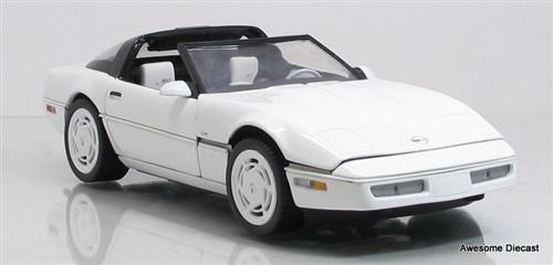 Franklin Mint 1:24 1988 Corvette (White)