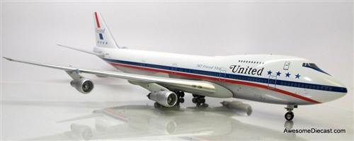 "Inflight 1:200 Boeing 747-100 Jetliner: United Airlines ""Stars and Bars"" - N4735U"