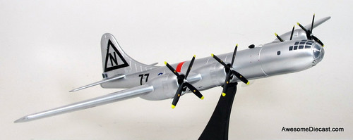 Dragon Models 1:144 Boeing B-29 Superfortress - USAAF 509th Composite Group