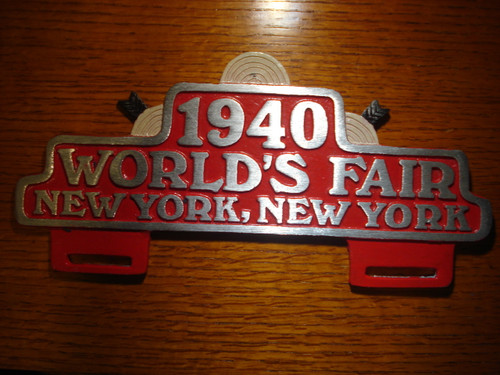 1940 World's Fair New York, NY. Car License Plate (FOBS Toppers)