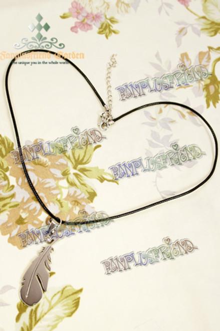 Gothic Feather Shape Pendant Necklace