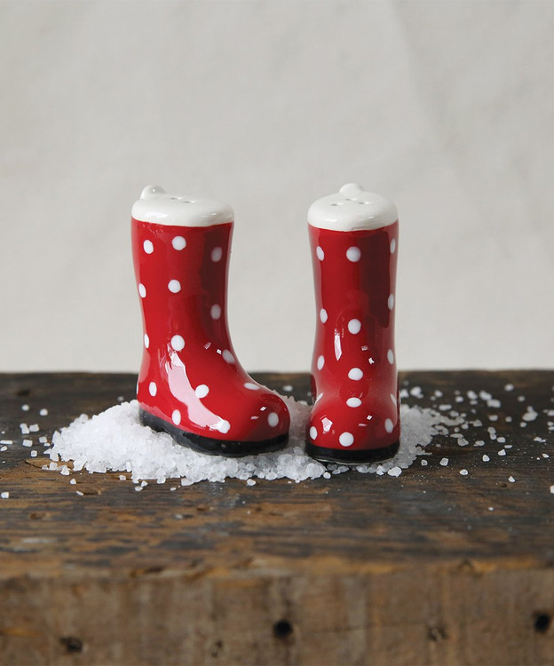 CERAMIC BOOT SALT AND PEPPER SHAKERS