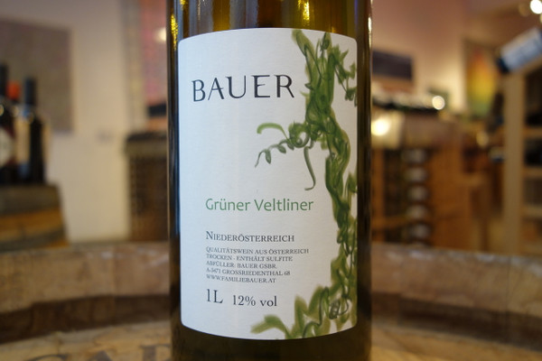 Familie Bauer, Bauer EM und J: Niederösterreich Grüner Veltliner (NV)