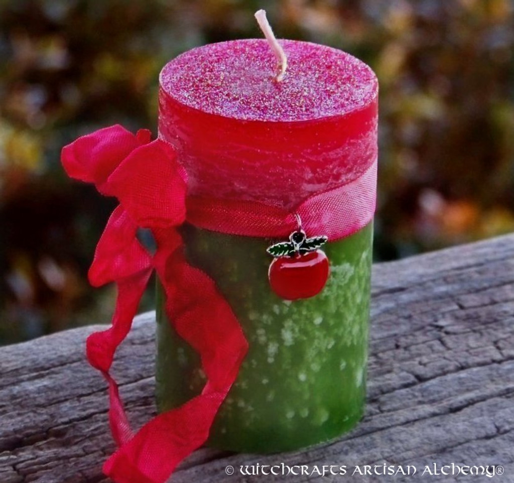 "WITCH'S APPLE Red Green ""Fusion Magic"" Pillar Candle"