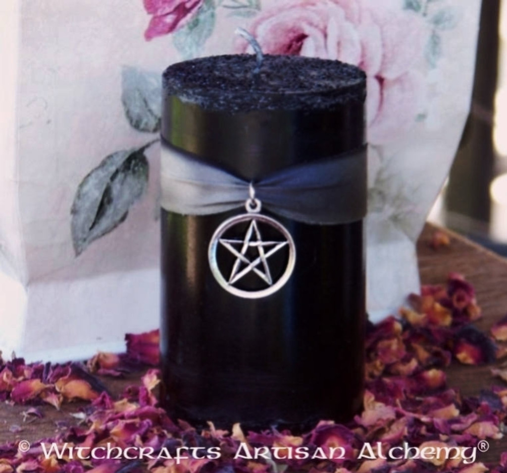 "ARCANUM ""Old European Witchcraft"" Black Pillar Candle with Pentacle"