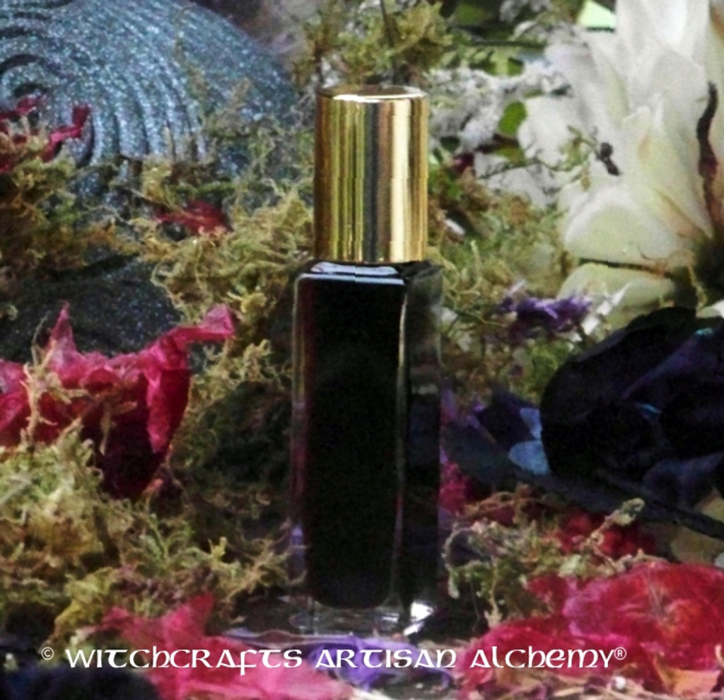 BLACK CAULDRON BREW Witchcrafts Artisan Alchemy Roll-On Perfume Oil