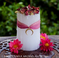 "AVALON MOON ""Celtic Lights"" Pillar Candle"