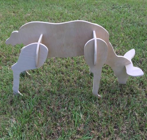 Reindeer Yard Art (Feeding Doe) 1/2'' Birch Christmas Decor