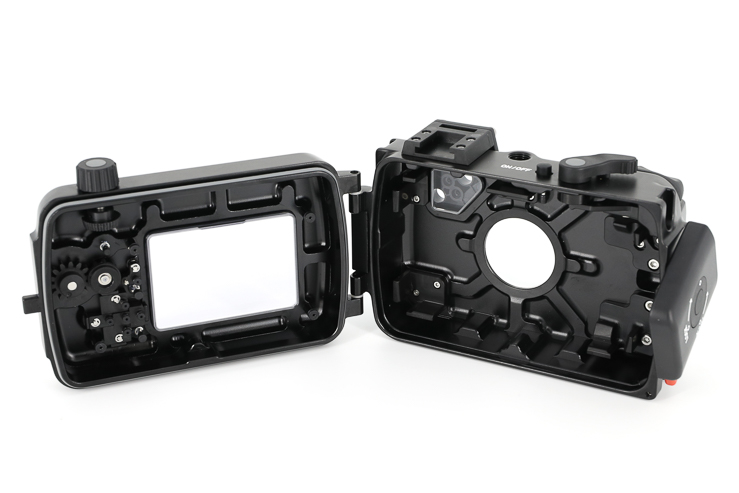 17812NA-TG5 housing for Olympus Tough TG-5 camera