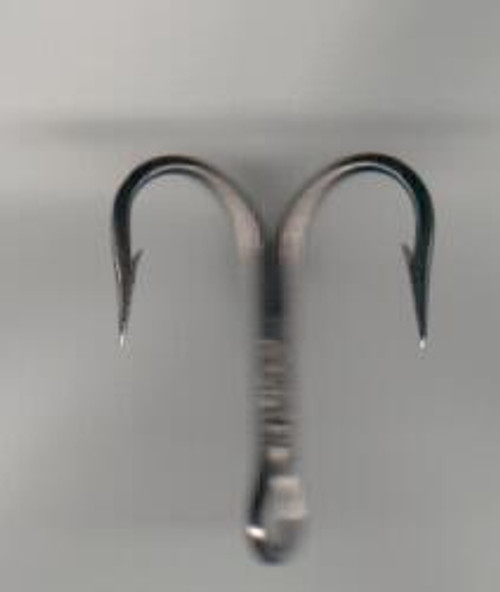 Mustad 3X strong treble hook #4 25ct.