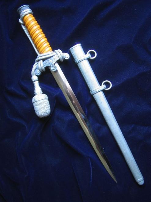 Presentation Army Dagger#325