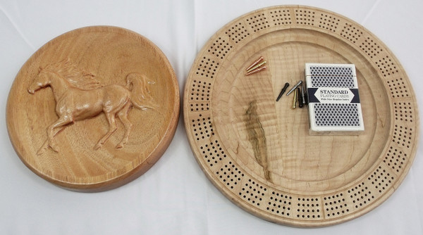 Four Player Cribbage Board Horse Mahogany and Curly Maple