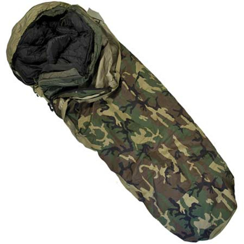 4 PC. US Military Goretex Modular Sleeping Bag System