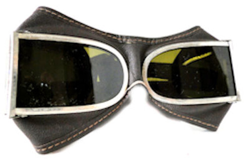 Chinese Aviator Goggle with Leather case