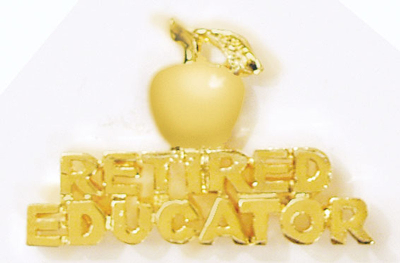 Golden Apple Retired Educator Lapel Pin