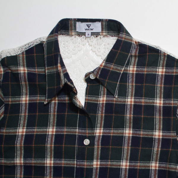 The Brooke Flannel - Green front detail