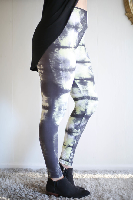 Green and Gray Tie Dye Butter Soft Leggings side view.