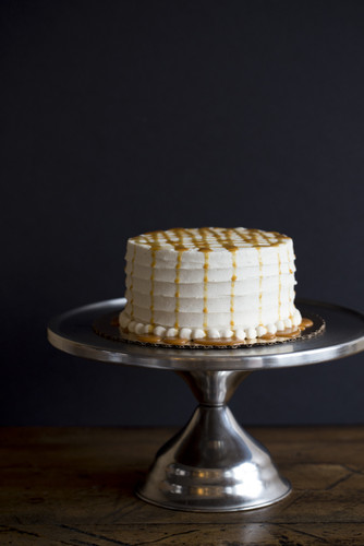 Vanilla Bean Caramel Ice Cream Cake