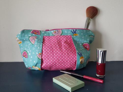 Pretty Pleated Make-up Bag