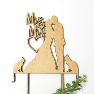 Mr & Mrs silhouette with 2 cats - Engagement Anniversary- Wood Cake Topper / wooden topper