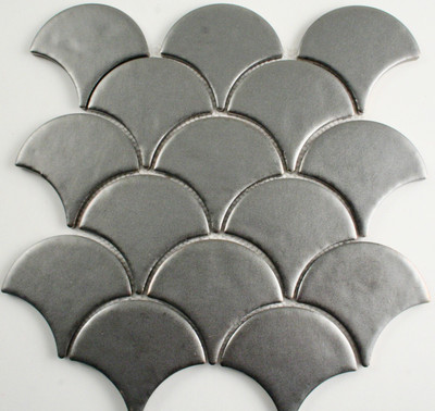 Silver Metal Plated Fan/Fish Scale Mosaic