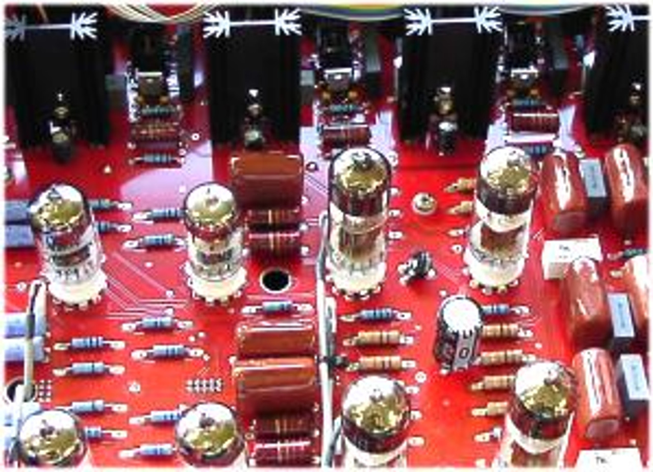 AUDIOVALVE Conductor Pre-amplifier with remote