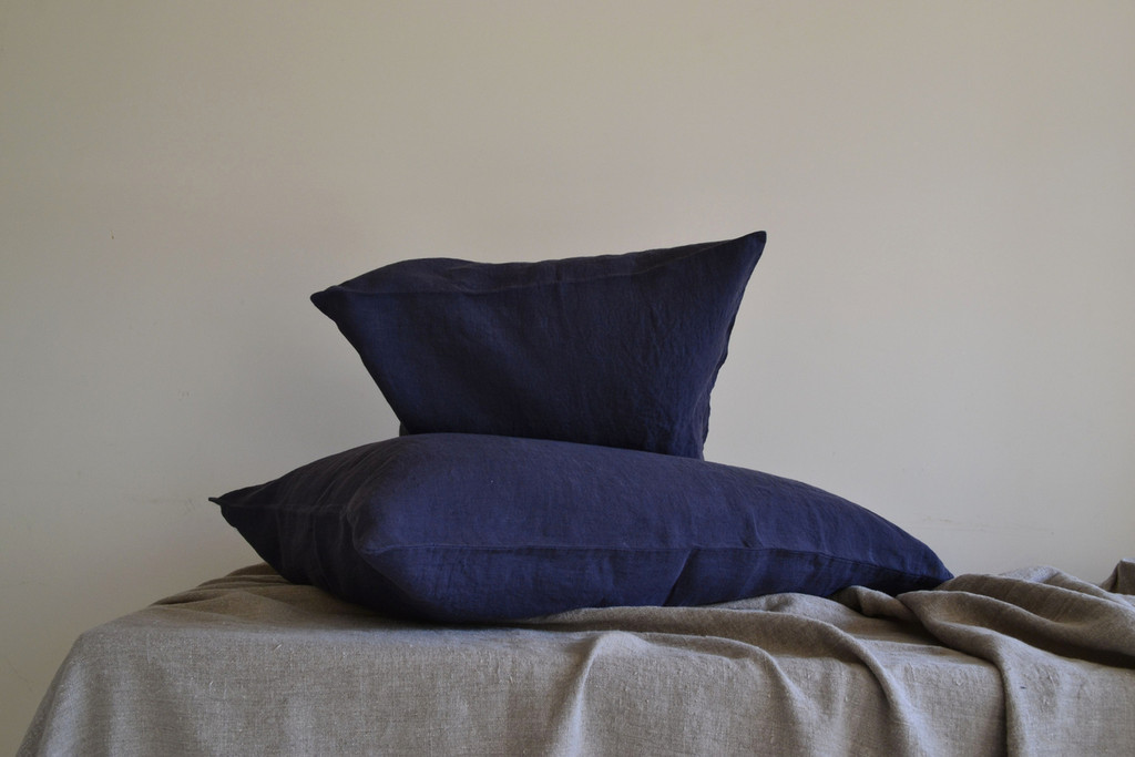 Midnight blue stonewashed linen pillow case
