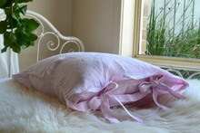 Set of 2 stonewashed Dusty Pink linen pillow cases with ties