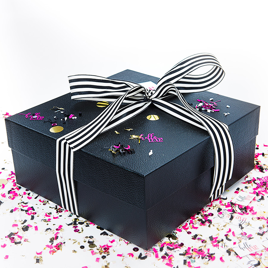Womens Hello Luxe Gift Box