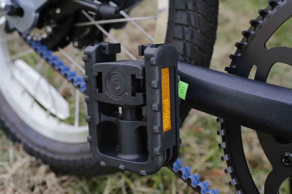 folding pedal