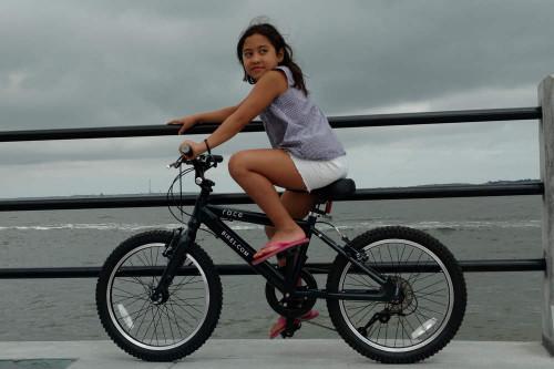 Race kids mountain bike