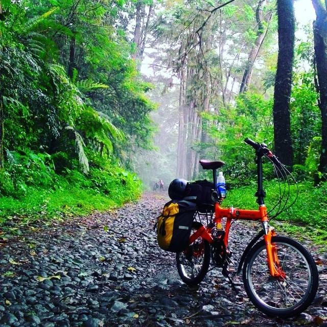 9FS off road bicycle touring