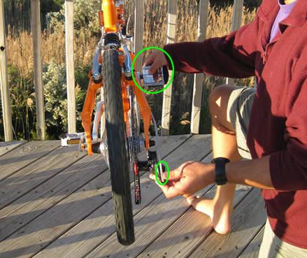 barrel-adjuster-while-pedaling.jpg