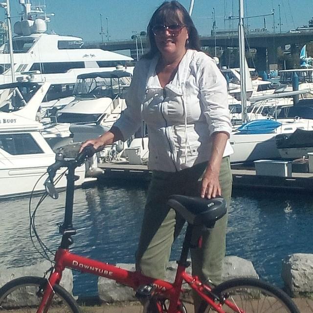 Nova folding bike on the boat docks