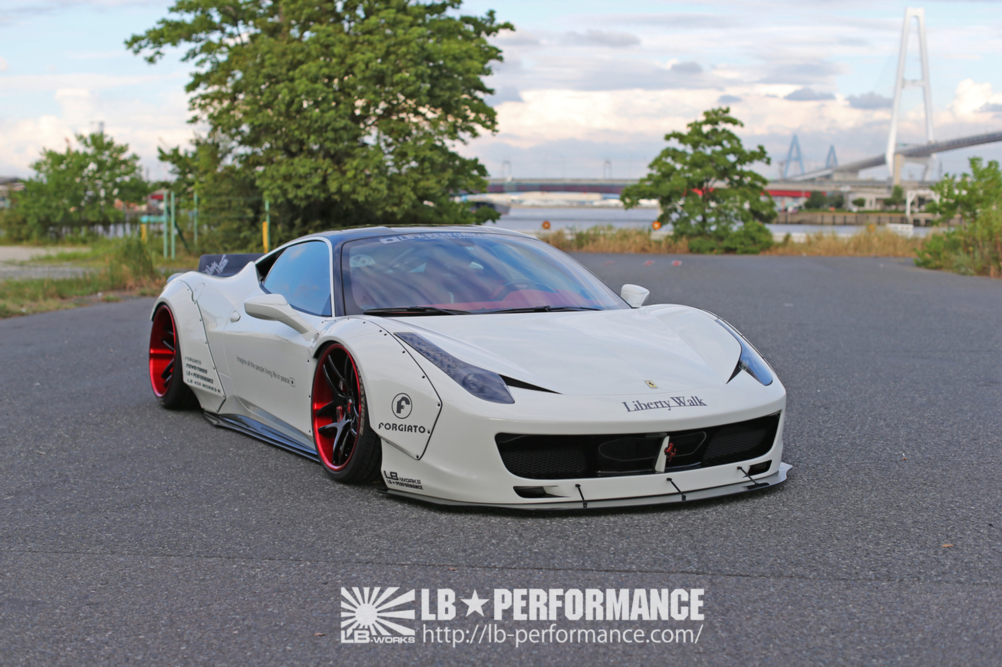 ferrari 458 italia liberty walk body kit meduza design ltd. Black Bedroom Furniture Sets. Home Design Ideas