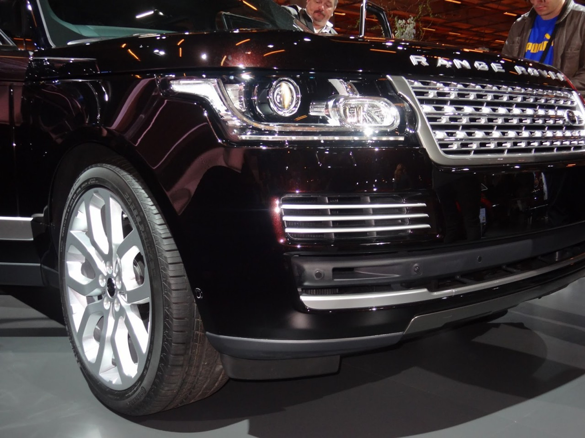Range Rover Vogue L405 Headlights Meduza Design Ltd