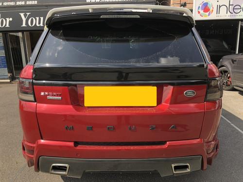 Range Rover Sport L494 Meduza RS-700 Roof Spoiler #rangeroversport #meduzabespokeautoltd #landrover #bodykit #lunaticliving  #luxurylife